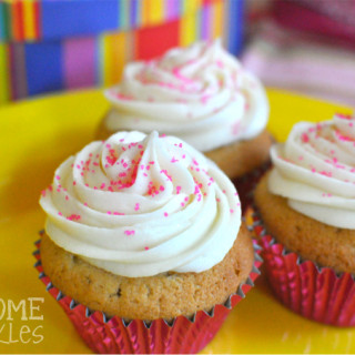 Vanilla Buttercream Frosting | Awesome with Sprinkles