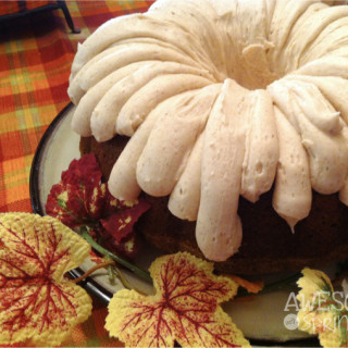 Pumpkin Spice Bundt Cake with Cinnamon Cream Cheese Frosting