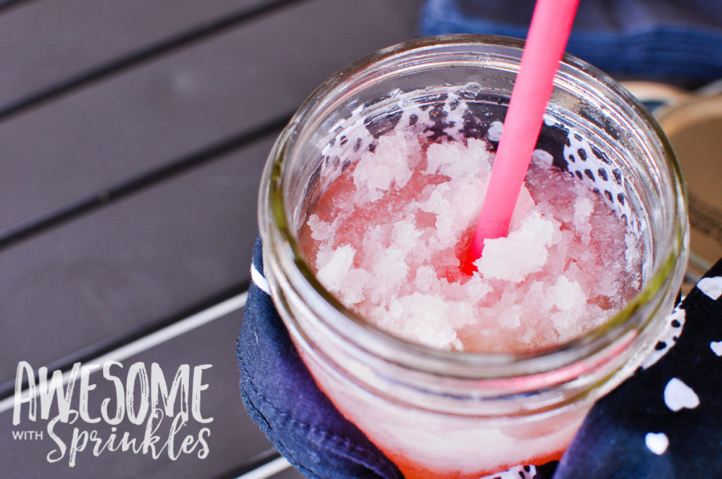 Raspberry Lime Margaritas in a Jar | Awesome with Sprinkles 1
