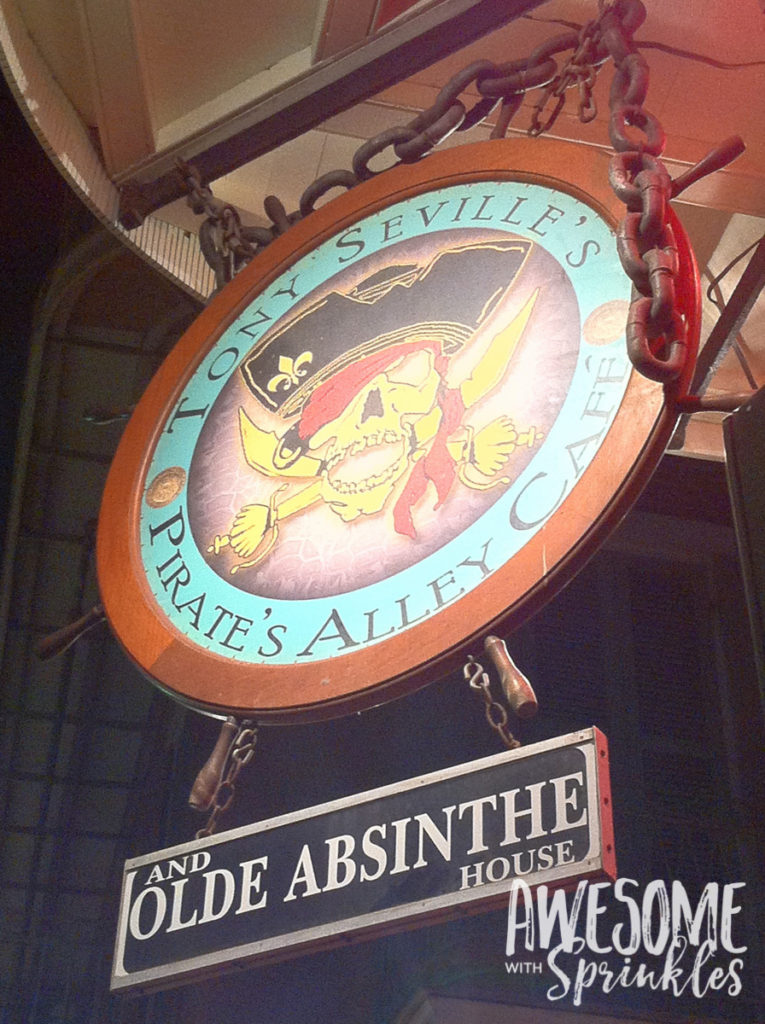 Nomming in Nawlins - Absinthe House