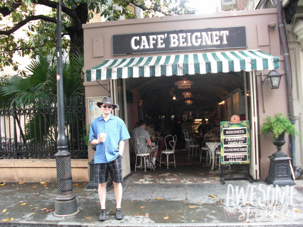 Nomming in Nawlins - Beignets