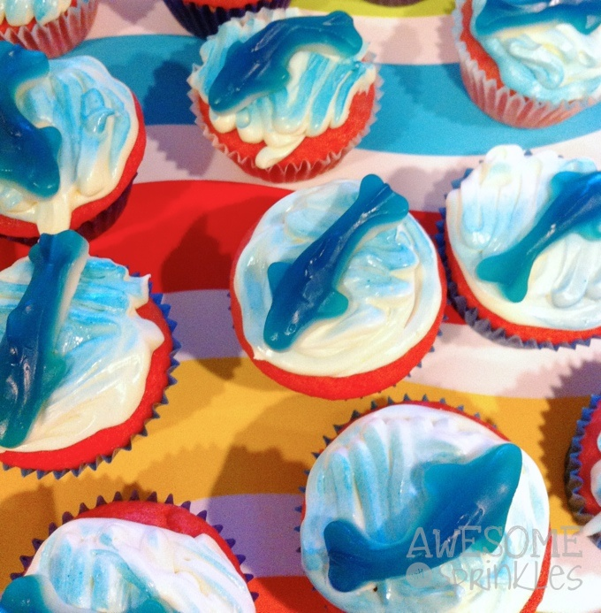 shark-cakes2