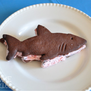 Shark Shaped Ice Cream Sandies | Awesome with Sprinkles