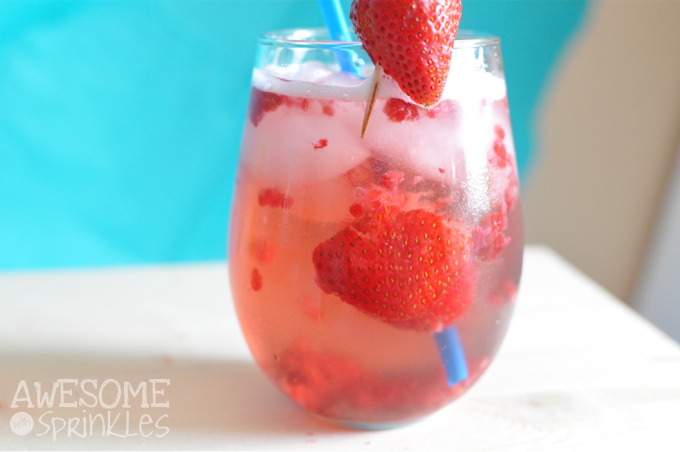 "Shark Week Inspired ""Chum"" Wine Spritzer 