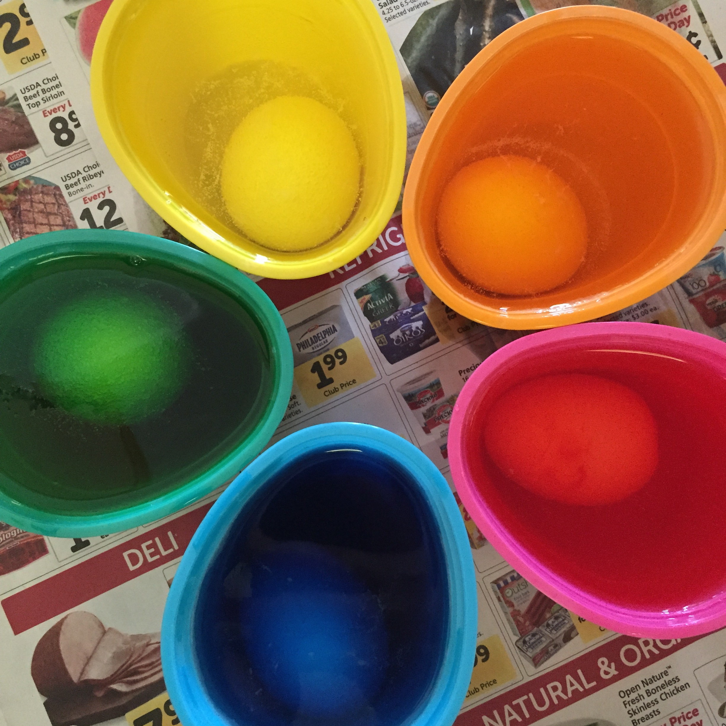 Coloring Easter Eggs   Awesome with Sprinkles