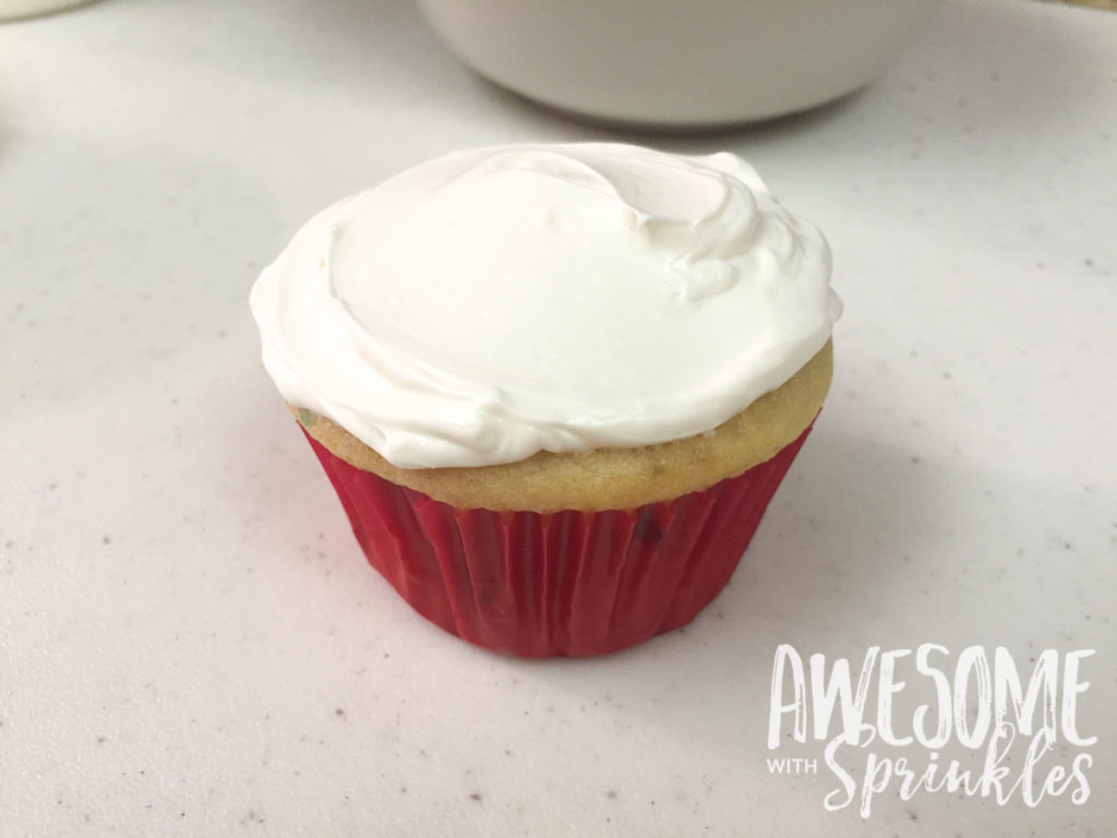 Poké Ball Cupcakes by Awesome with Sprinkles | Step 1: frosting