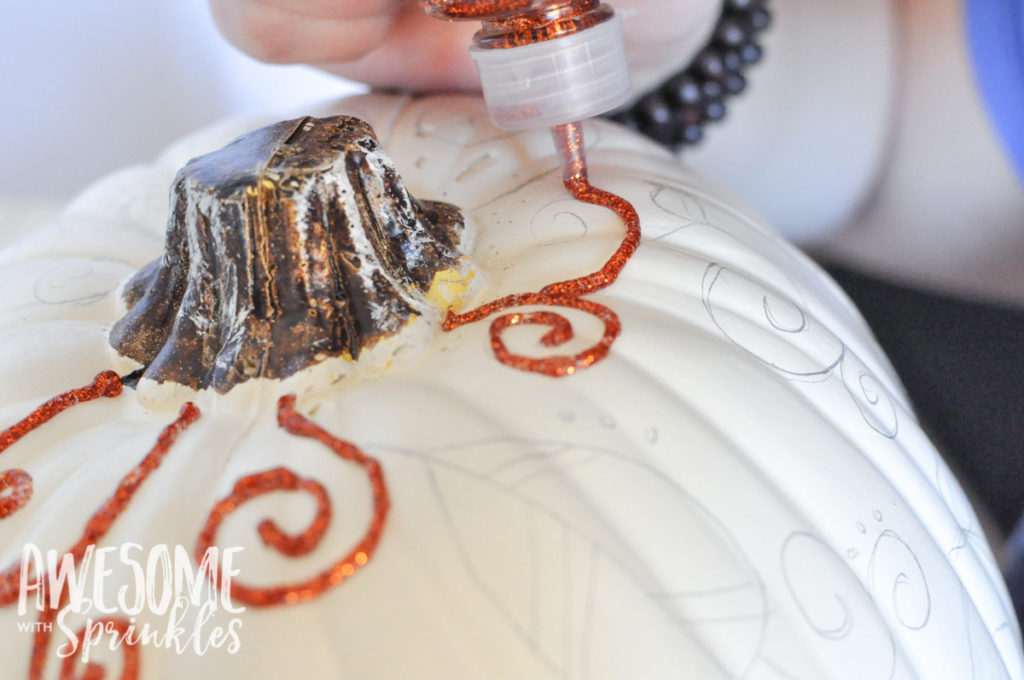 Faux Fabulous No-Carve Pumpkin Craft | Awesome with Sprinkles