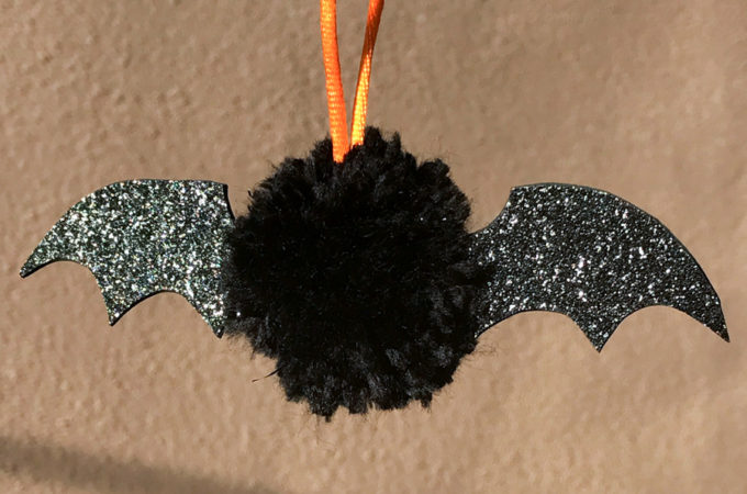 How to make pom-pom bats for Halloween | Awesome with Sprinkles