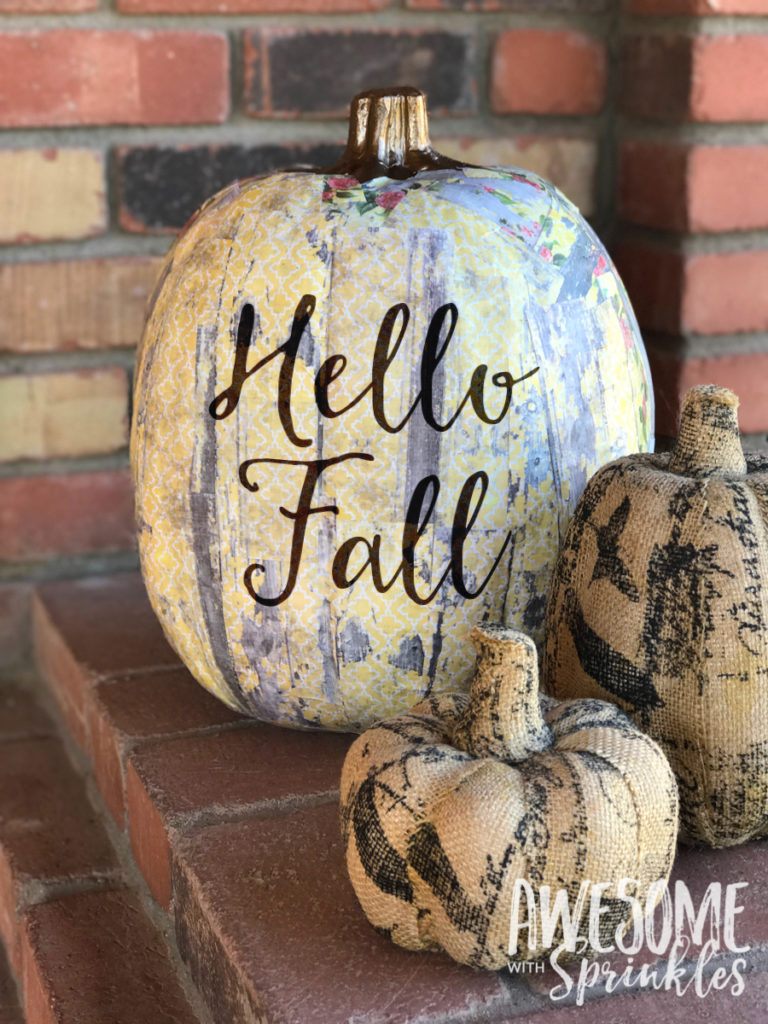 Decoupage pumpkin decor awesome with sprinkles - Things to put on a wall ...