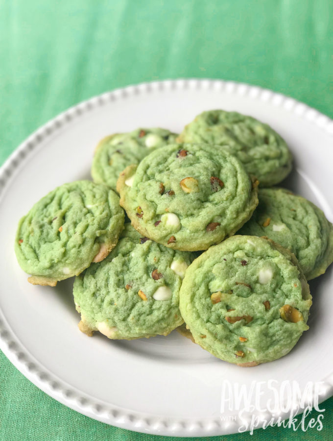 White Chocolate Pistachio Cookies   Awesome with Sprinkles