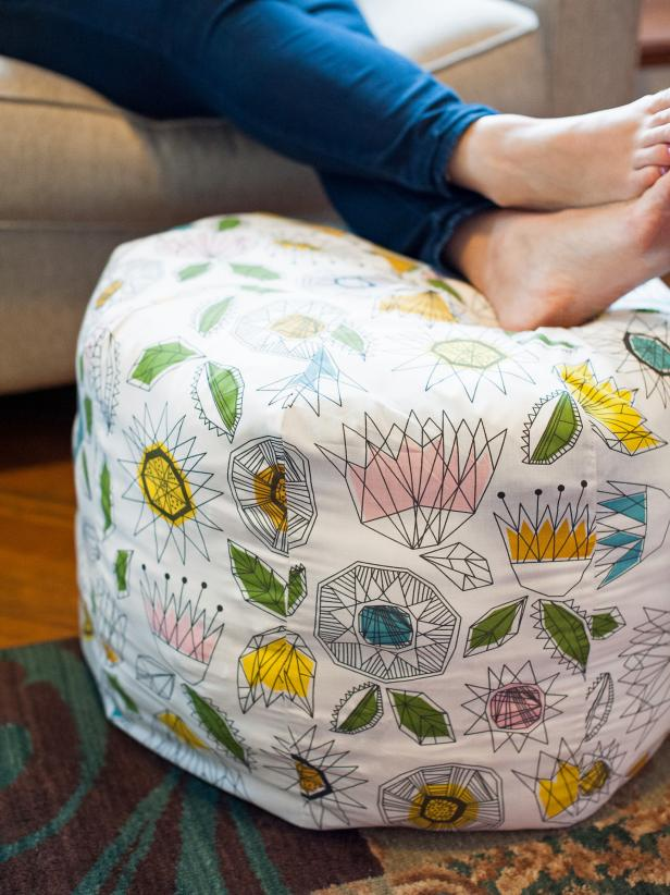 Easy DIY Decor Ideas - DIY pouf ottoman