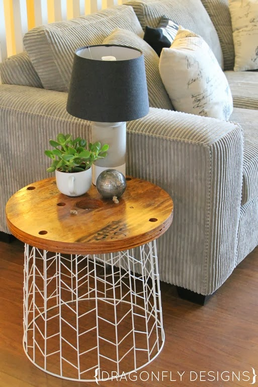 Easy DIY Decor Ideas - Wire Basket Accent Table